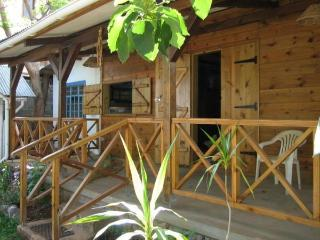 Mauritian typical chalets for 1 to 15 people, Pointe Aux Sables
