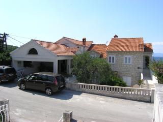 Apartments Vrandečić - LORETA - Brač, Postira