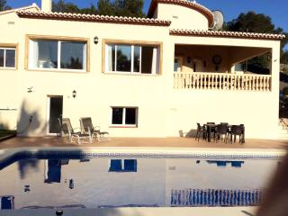 Stunning 3 bedroomed 2 bathroom Villa with Swimming Pool
