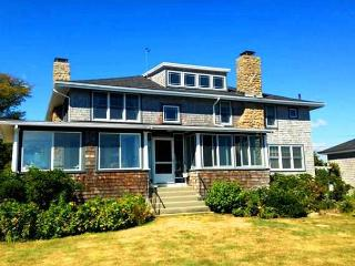 Point de Chene: Direct waterfront historic home with incredible views
