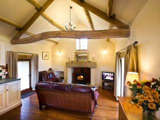 Detached Cottage with Stunning Views. 3 or 4 night Short Breaks all Year.