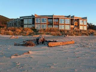 Oregon Coast Condo, Rockaway Beach