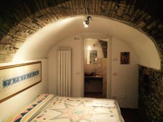 Appartamenti Aurora delle Rose - Dep. Santa Chiara, Assisi