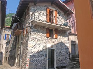 Ossuccio Holidays Stone House
