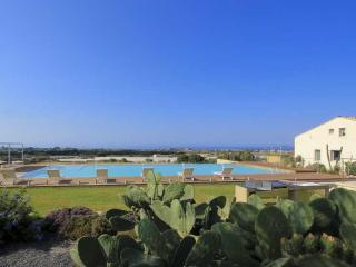 Gattopardo,Petrantica Resort scenic pool,4 people, Marina di Ragusa