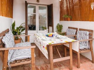 Apartamento para 4, luminoso y con terraza, Barcelona