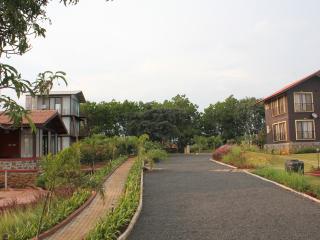 JenJon Lake Vaitarna Resort - Igatpuri