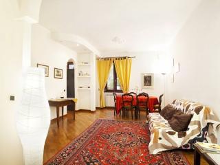 Viale Vaticano apartment in Vaticano {#has_luxuri…, Ciudad del Vaticano