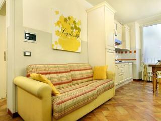 Signoria  III apartment in Duomo {#has_luxurious_…, Donnini