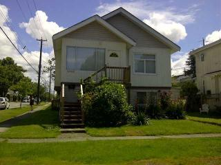 Vancouver 3BR Home, Free WIFI, Parking