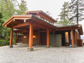 CoastalView House, Tofino BC