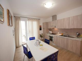 GIOTTO Apartm in a Design Villa in Florence - Wi-Fi Internet/Parking/Airco