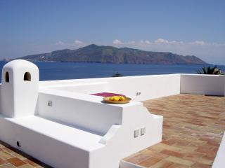 casa Fusion salina isole eolie, Santa Marina Salina