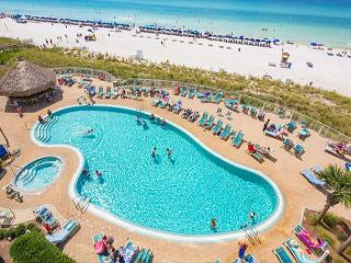 Amazing gulf front 1bd 1 ba unit on the 17th floor of Emerald Beach Resort!