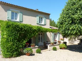 Charming village house, St-Rémy-de-Provence