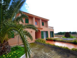 Villa East, Calas de Majorca