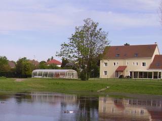 Chambre d hotes La Grimodiere avec piscine