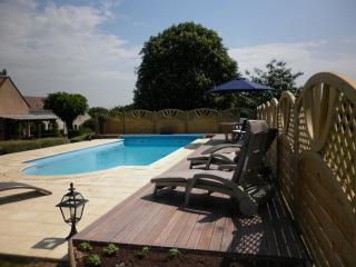 Luxury Gite with pool in the Vallee du Loir