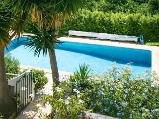 Sleek house w/air con & shared pool, Algoz