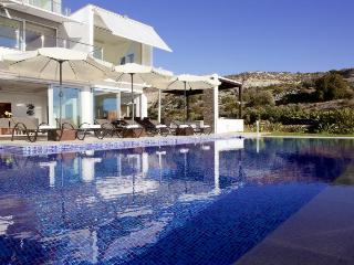 Stunning Luxury Villa *SUPREME DISCOUNT* for Aug, Paphos