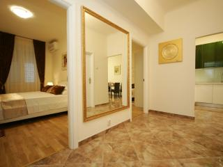 Beach and City Centre Apartment, Split