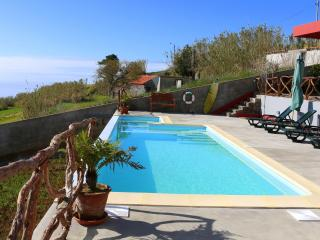 Penthouse -Madeira Native Motion Guest House, Faja da Ovelha