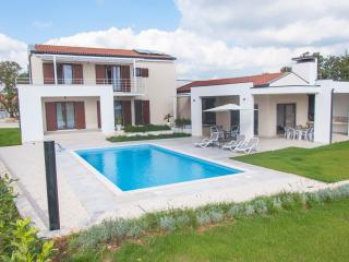 Modern unique villa in Istria - Pula - quite area