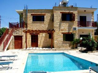 5 bedroom stone built villa with pool, Miliou