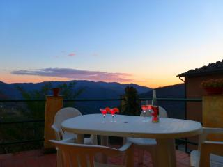 House With Panoramic Terrace, Bagni di Lucca