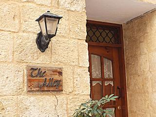 Alfie's Place @ The Alley, Birgu (Vittoriosa)