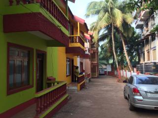Beachside Cottage for long or short term rent, Calangute