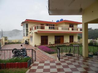 Maple Holiday Homes, Coonoor