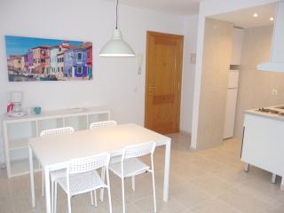 Cozy Apartment best location & WIFI