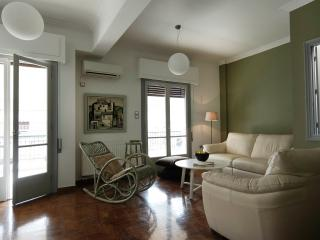 Urban apartment in the centre of Athens, Atenas
