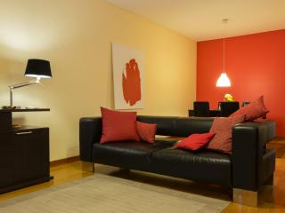 COZY CITY CENTER APARTMENT, Ponta Delgada