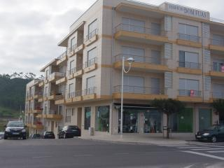 Nazare Vacation / Ferias  2 bedroom- beach front building