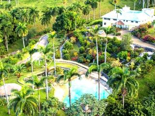 Charming Countryside Chalet - Apartment 1, Puerto Plata