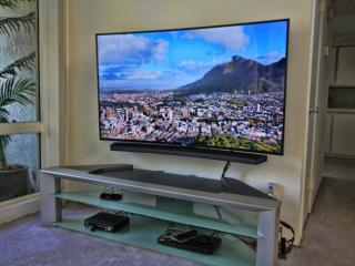 65inch Curved 4k UHD, 3D Samsung TV, Bluray Player, 4k Movie Package, Netflix, Amazon Prime