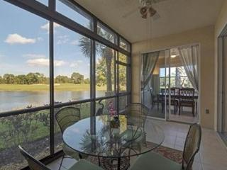 Pelican Sound Golf Club - Edgewater Coach Home, Estero