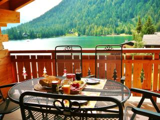 Lake View apartment perfect for Skiing and Hiking Holidays