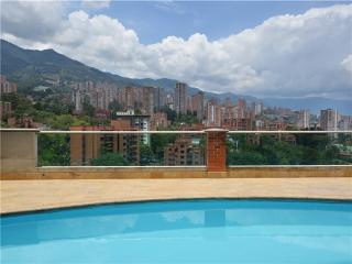 Modern and Economical Studio in Poblado 0059, Medellín