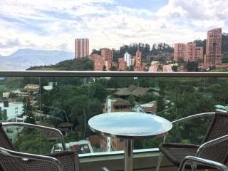Poblado estudio con piscina 0073, Medellín