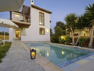 Latchi Beach Location - 3 bed Villa - Private Pool