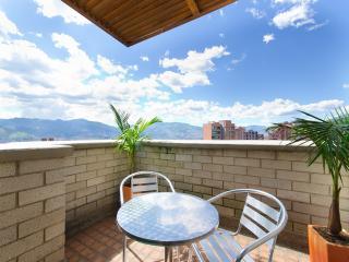 Penthouse poblado cerca de Lleras 0135, Medellín