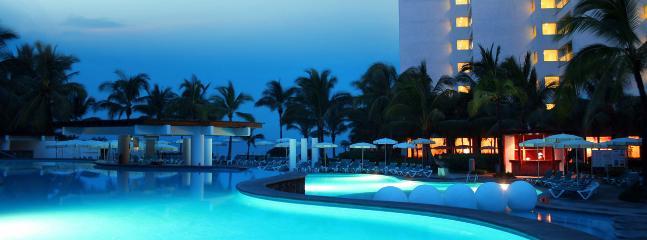 Puerto Vallarta Luxury Weekly w/ Car 0011