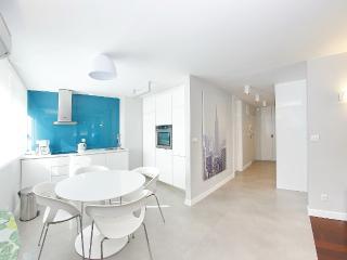 Luxury sea view apartment in Split center