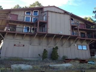 Sleeps 10 LakeTahoe Village SL348AC, Stateline