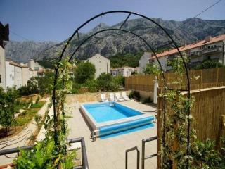CR 95 Apartment 3, Makarska