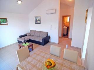 CR97 - Apartment 5, Sevid