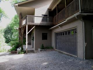 3BD/3BA Townhouse with Magnificent Balsam Mt View